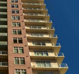 hi-rise apartment building in long beach ca