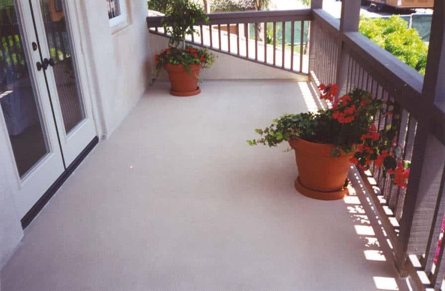 waterproofing a balcony deck maintenance